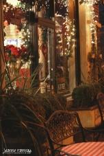 Evening at a sidewalk cafe